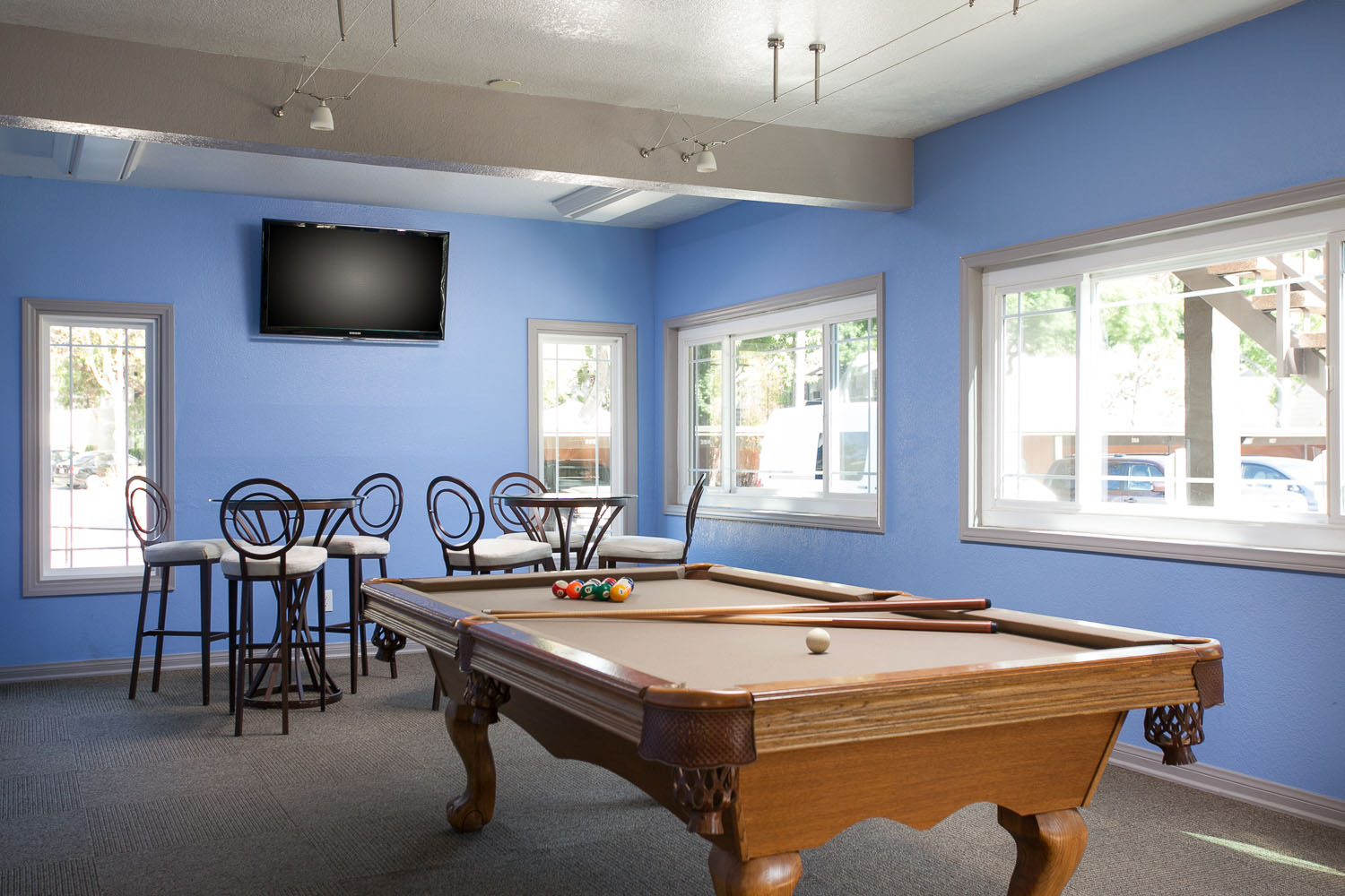Highland Pinetree Apartments In Fullerton CA UCribs - Fullerton pool table