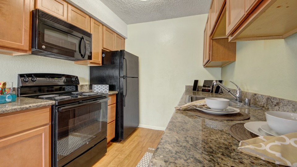 Avalon Springs Apartment Homes - uCribs