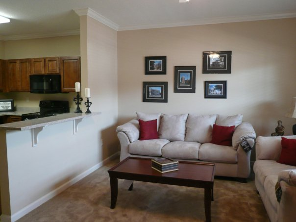 French Quarter Apartments - uCribs