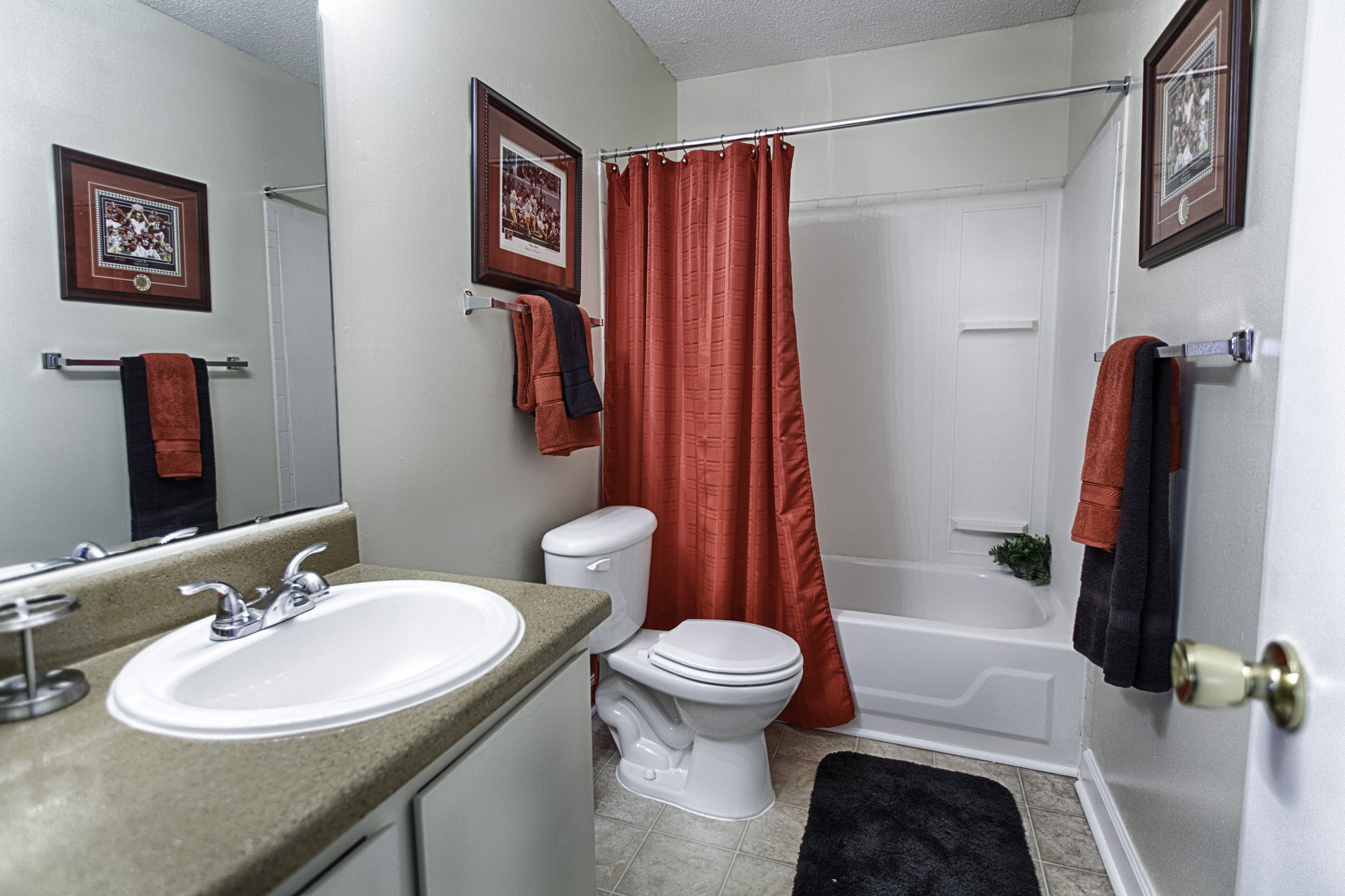 Fountain Square Apartments - uCribs
