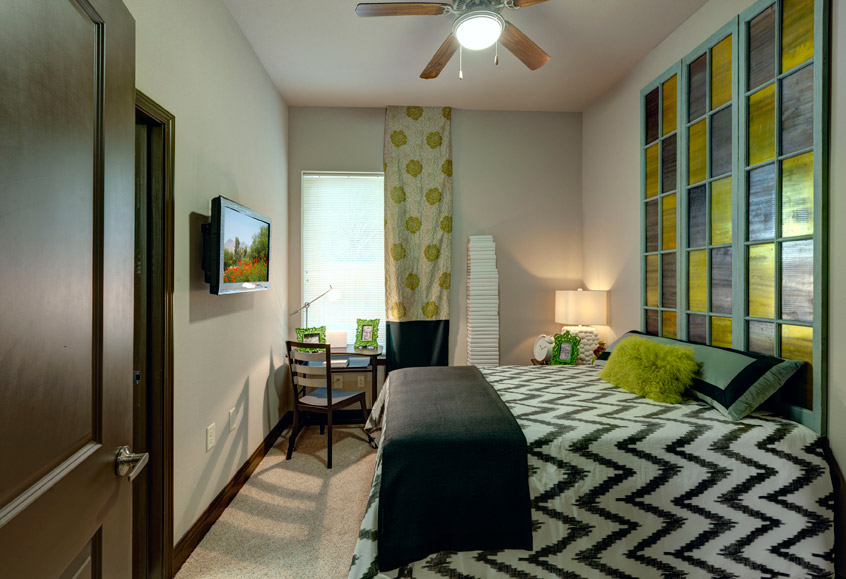 Sterling north campus ucribs for 1 bedroom student housing tampa