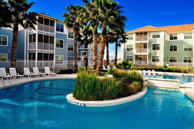 Cabana Beach Apartments Ucribs