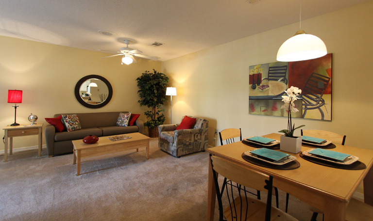 Wolf Creek Apartments Ucribs