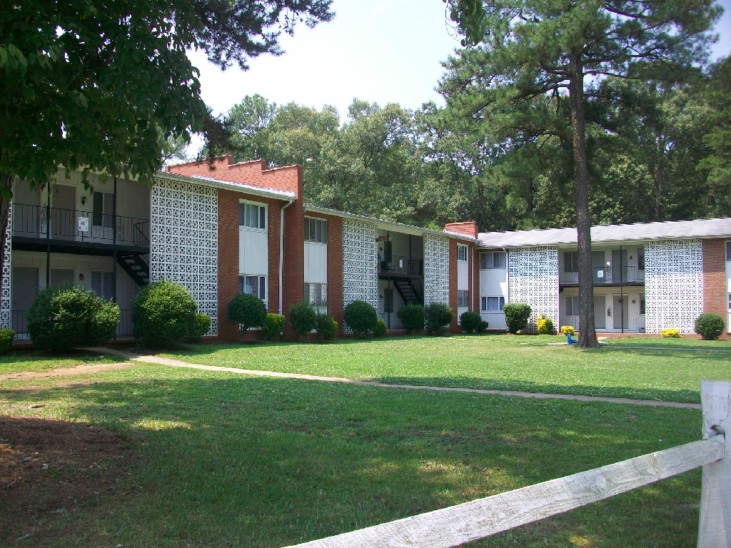 Cedar Point Apartments Raleigh