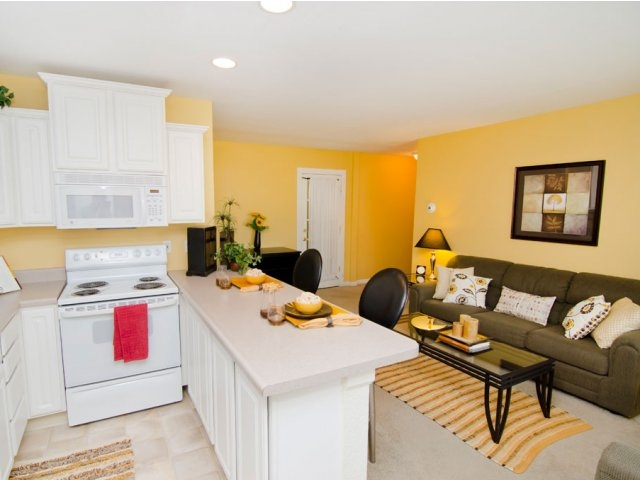 glenwood apartments ucribs