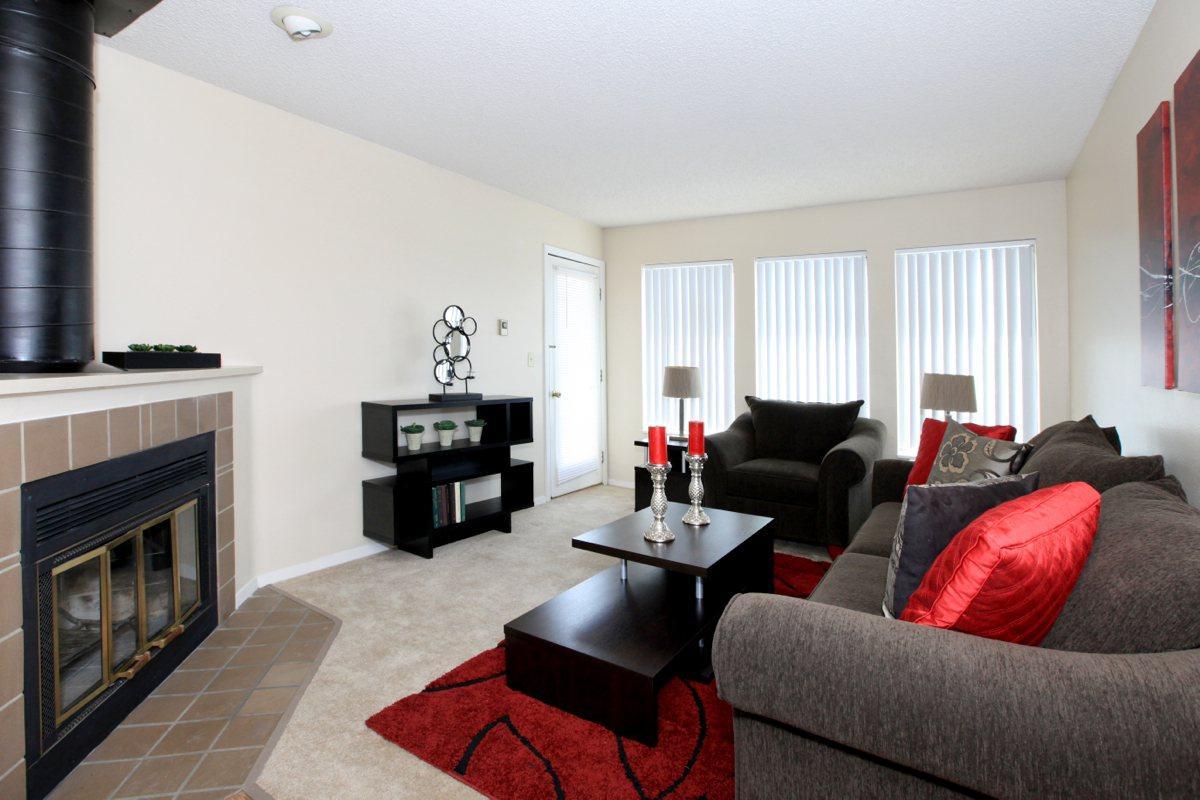 The Landmark Apartments - uCribs