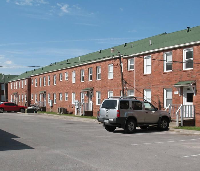 The Falls Apartments: University Falls Apartments