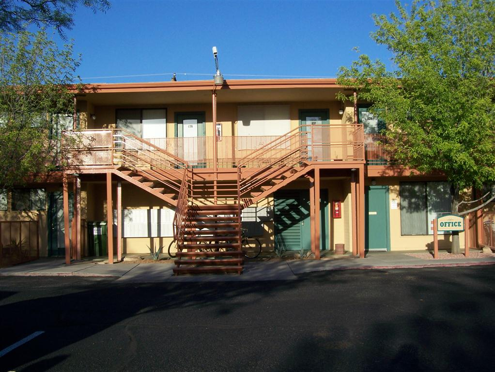 Blue Agave Apartments 300 525