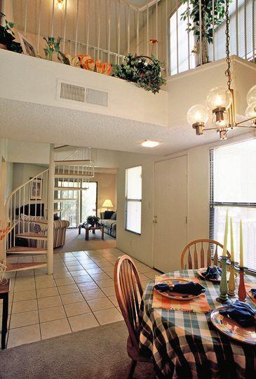 La Entrada Apartments - uCribs