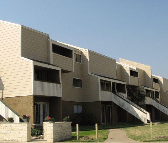 Lexington Apartments: The Lexington