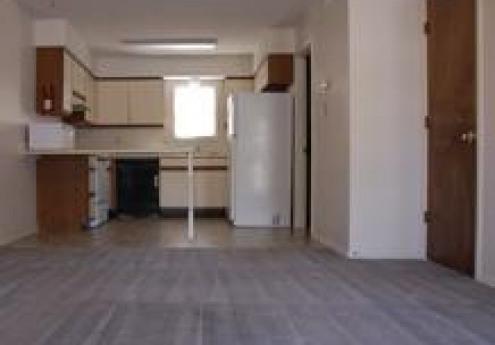 Varsity Court Apartments   UCribs