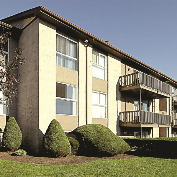 Colonie Apartments: Colonie Apartments