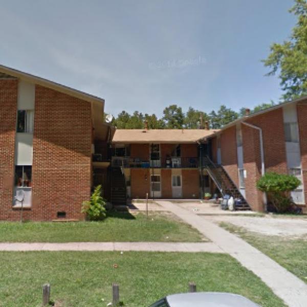 Chapel Hill Apartment Vacancy Rate: Oakwood Apartments