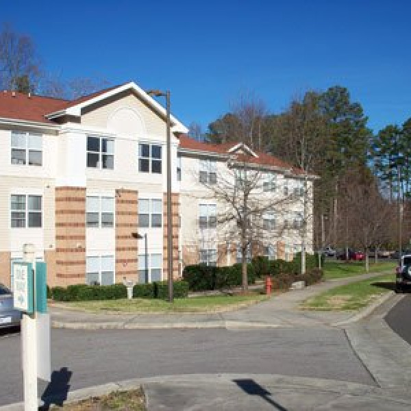 Chapel Hill Apartment Vacancy Rate: Chapel Tower