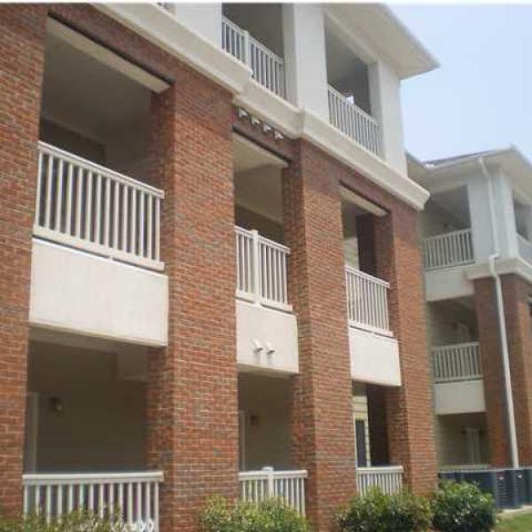 Quail Pointe Apartments: Palisades Apartments