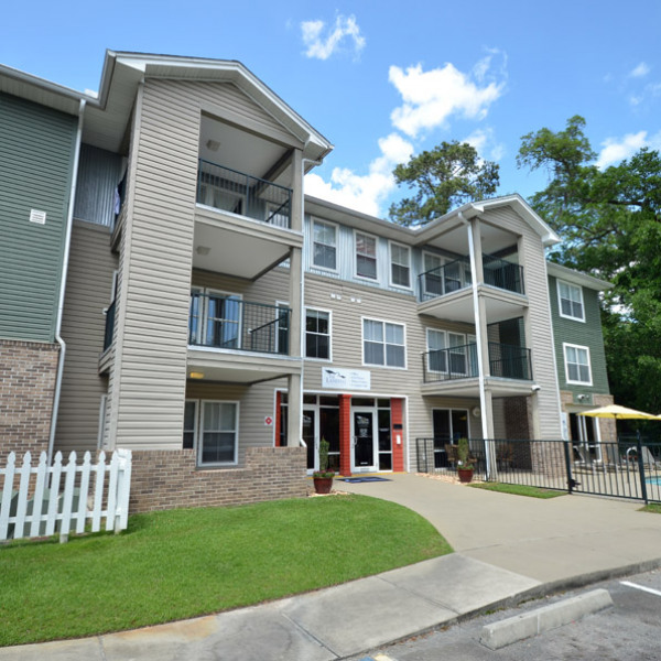 Boardwalk Apartments: Boardwalk At Appleyard
