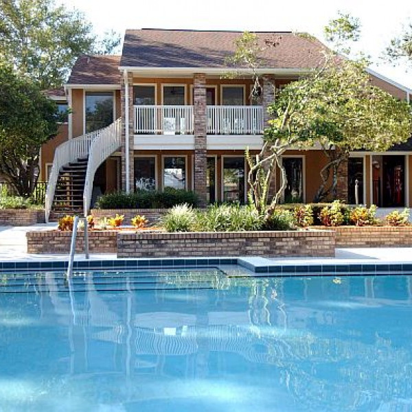 Pavilion Apartments: Landmark At Grayson Park