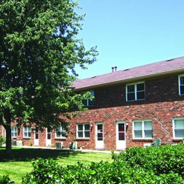 Apartment Listings: Country View Apartments