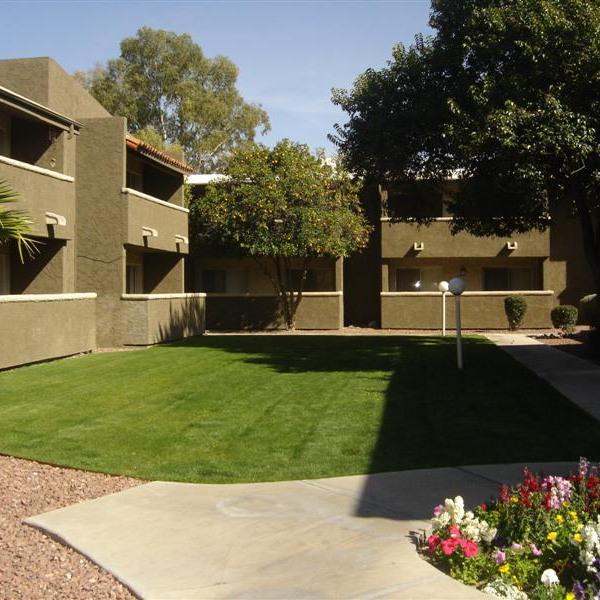 Capistrano Apartments