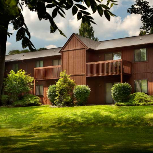 Barclay Downs Apartments For Rent: Acadia Court Apartments