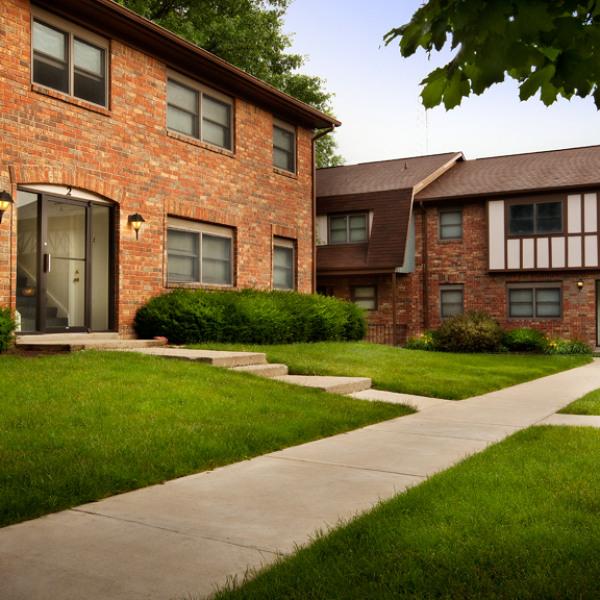 Bradford Ridge Apartments: Bradford Place Apartments