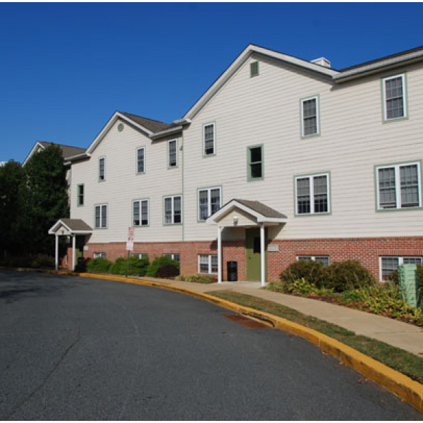 Cider Mill Apartments: Apartments At Pine Brook