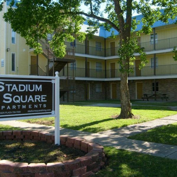 Apartment Listings: Establishment Apartments