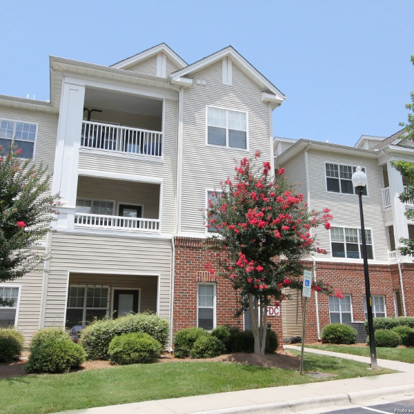 Woodland Village Apartments: Woodland Court Apartments