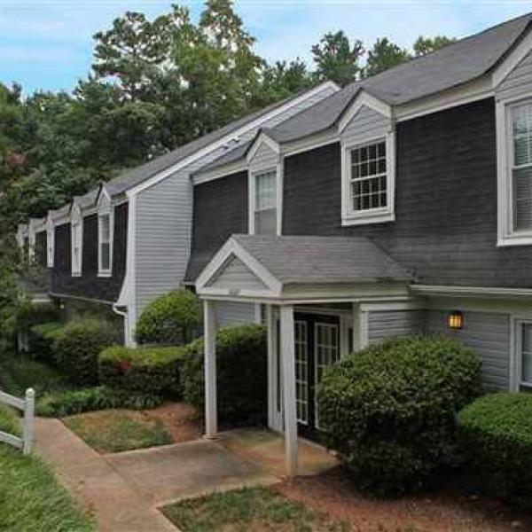 The Lakes Apartments Raleigh: Smithdale Apartments