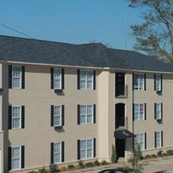 Magnolia Court Apartments: Peachtree Apartments