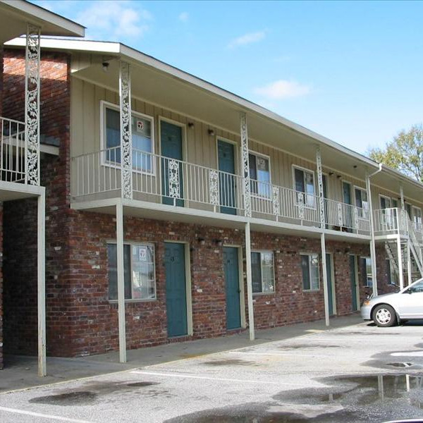 Apartment Listings: Magnolia Studios