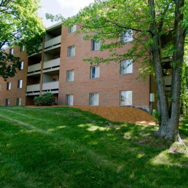 Woodmere Apartments: Beechwood Apartments
