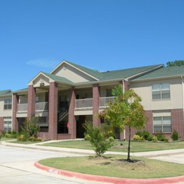 Woodway Apartments