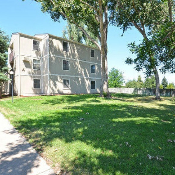 Whispering Pines Apartments Ucribs