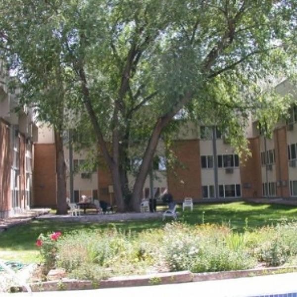 Western Ridge Apartments: Blue Ridge Apartments