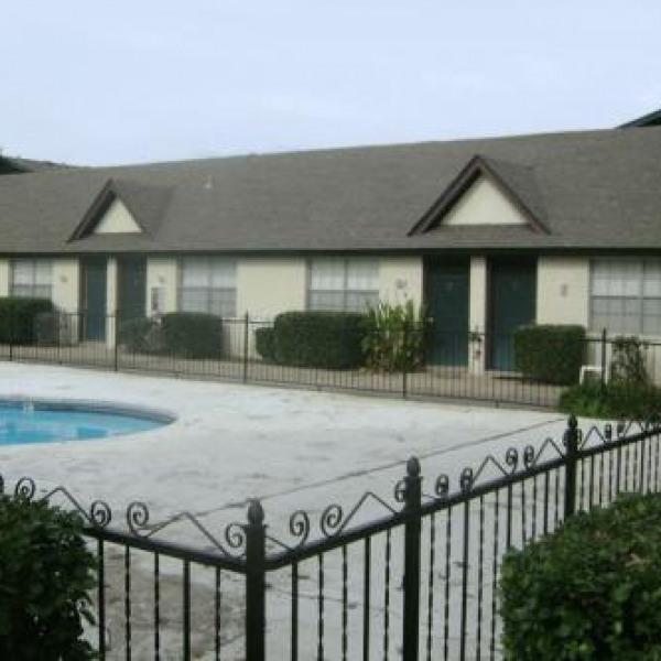 Highland Park Apartments 395