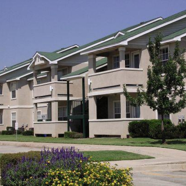 Avalon Apartments: Brentwood Pointe Apartments