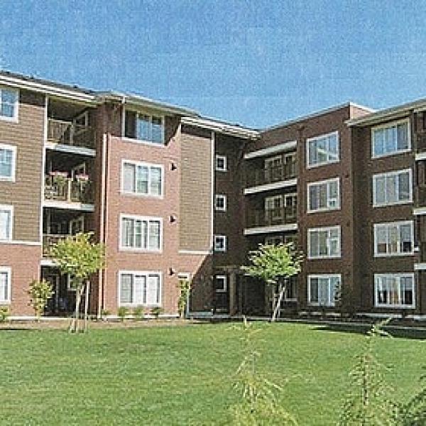 Apartment Listings: Stadium Park Apartments