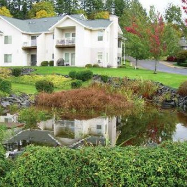 Island Club Apartments: Boulders On The River