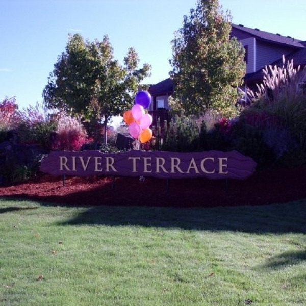Country club place ucribs for 20 river terrace rentals