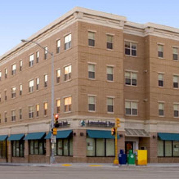 Varsity Apartments: Lucky Apartments