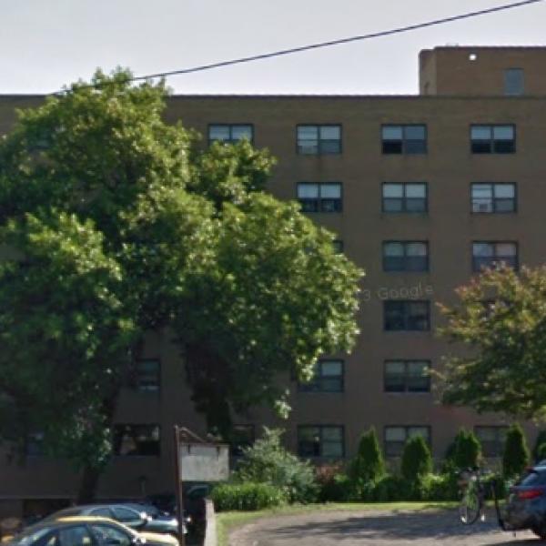 Sherwood Crossing Apartments: Hamilton Place Apartments