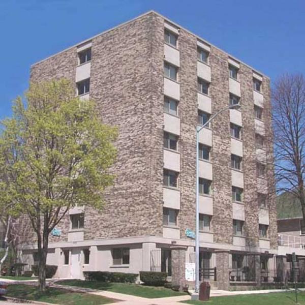 Carroll Gilman Manor 425