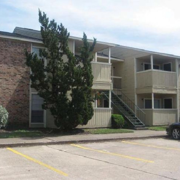 Huntington Creek Apartments: The Lofts At Wolf Pen Creek