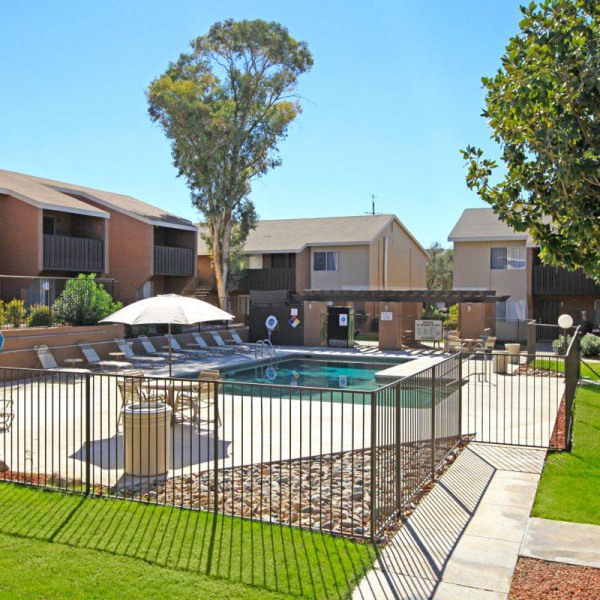 Country Creek Apartments: Cottonwood Creek Apartment Homes