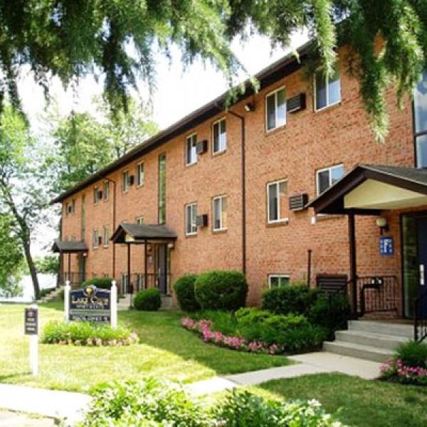 Dover Apartments: Governor Square Apartments