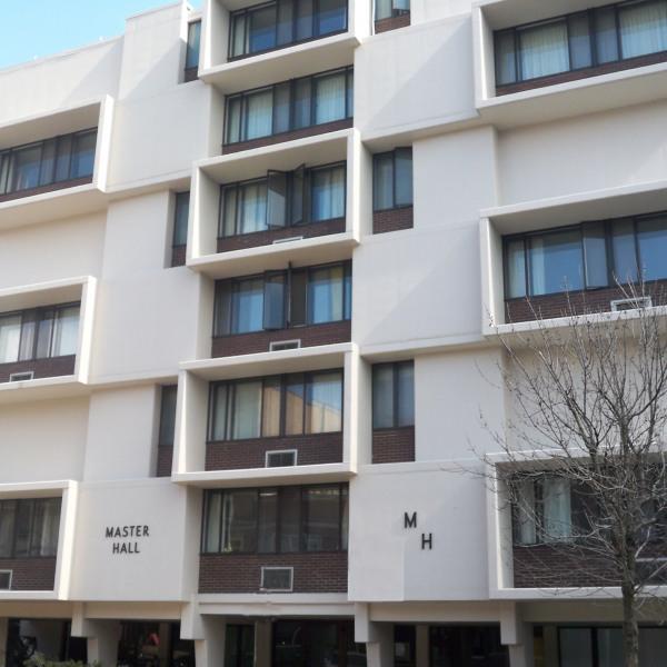 Idlewilde Apartments: 420 W. Gorham St. Apartments