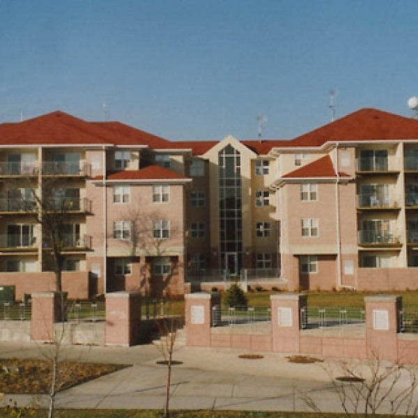 Springbrook Apartments: Grand Central Apartments