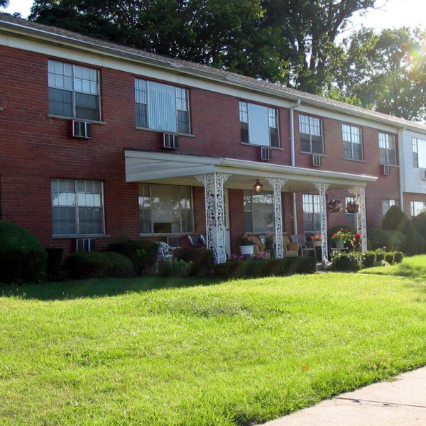 Lake Of The Woods Apartments: Lee\'s Crossing